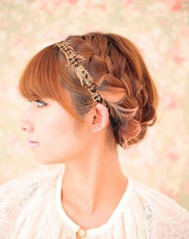 短发如何盘成新娘发型 短发圆脸新娘盘头(2)图片