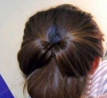 中长发用盘发针盘出的发型 40岁女人盘头发型图解(5)