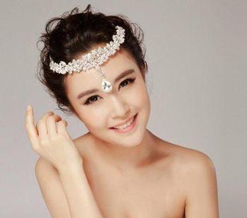 结婚短发盘发发型 圆脸应该的新娘盘发图片(2)