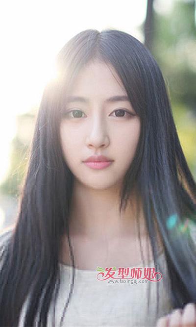 清纯女人长直发发型 尽显唯美可爱感_女人长直发_清纯