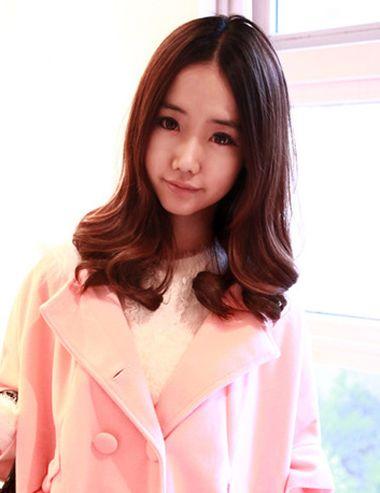 梨花头中分没有刘海会不会老气 中分长款梨花头发型图片(2)图片