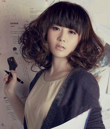 头发烫梨花卷是怎样的 现在流行的小卷冷烫梨花烫图片图片