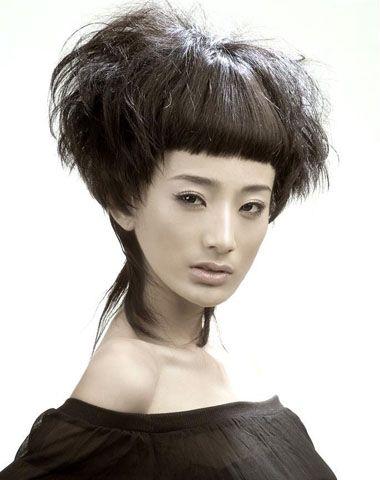 女士短发全头烫发发型 女人烟花烫短发造型图片(2)图片