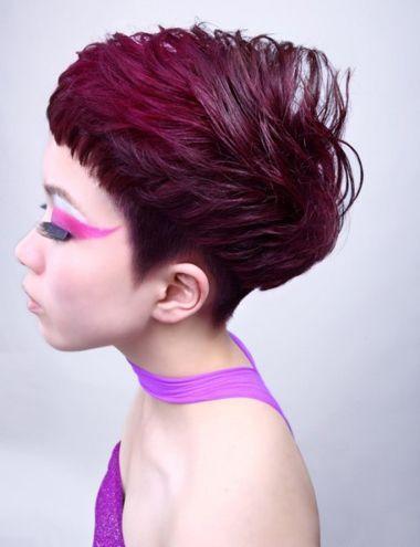 方脸齐刘海纹理烫沙宣头发型图片