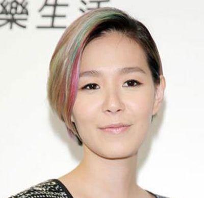 直板沙宣发型短发图片 沙宣短发直发型(4)
