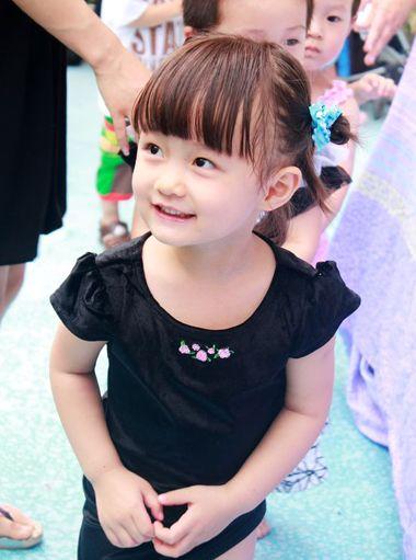小女孩短发发型设计与脸型搭配 小女孩盘头的发型(2)