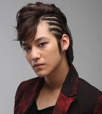 男人小辫子发型扎法 简单编辫子发型图解