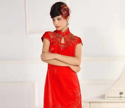 穿旗袍短发如何盘新娘头图片 中短发新娘盘发(4)图片