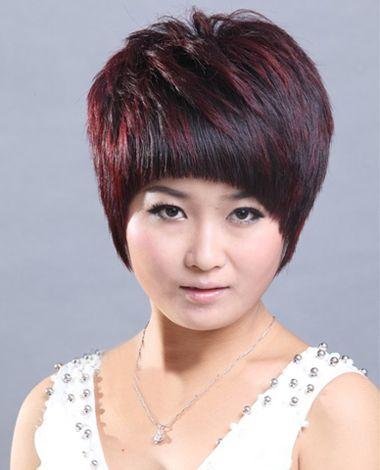 大圆脸女人留什么短发好看 大圆脸沙宣短发图片_发型图片