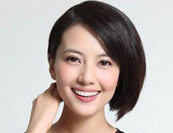 女人斜刘海直发发型 三七分斜刘海直发发型图片