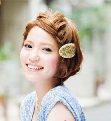 学生短发发型如何扎 韩式学生简单发型扎法(2)