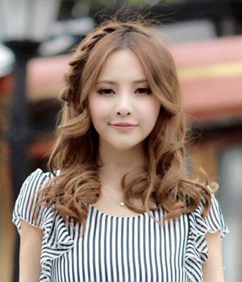 2016无刘海卷发流行发型 无刘海长发卷发性感美女图片