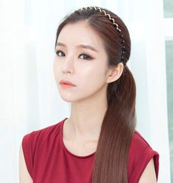 简洁干练扎头发发型 新潮发型女扎发图片(4)