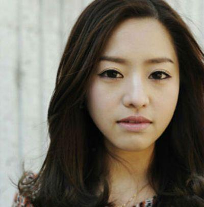 次   韩版无刘海烫发发型 日系刘海发型选择最适合自己脸型的 韩国