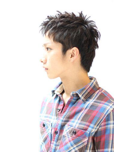 男学生刘海两侧剃掉发型图片 男学生刘海发型(4)图片