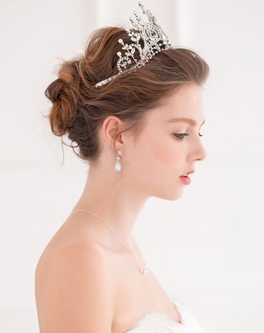 长发盘头新娘头型图片 中发新娘盘发_发型图片图片