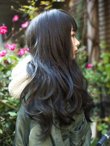 黑色长发烫发大卷发型 黑色头发烫卷发型图图片