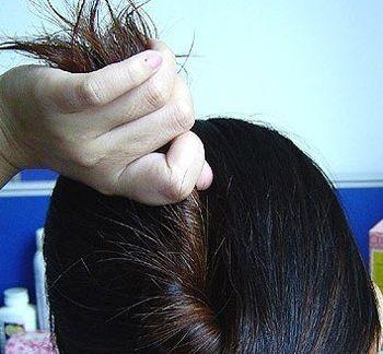 簪子盘头发型步骤图片就是送给列位美眉的福利啦,一起来学学吧!