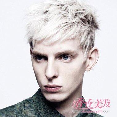 2016最流行的男生白色发型 男生清爽发型设计