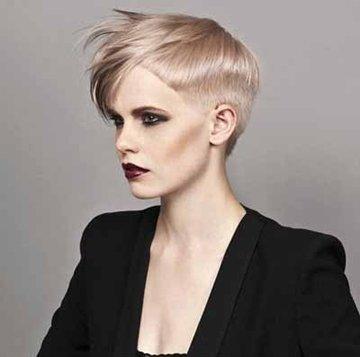 女人沙宣长短不一发型 沙宣中性短发图片