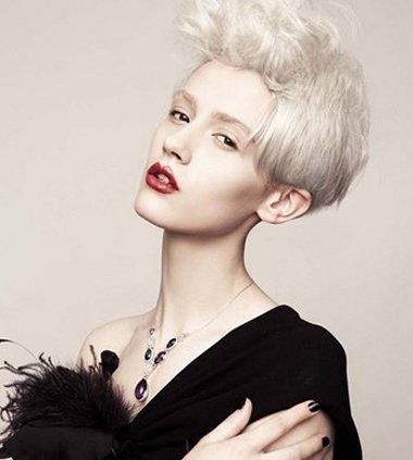 沙宣短发如何搭配服装 沙宣短发穿衣搭配(4)_发型图片图片