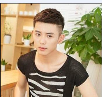 夏日男人两侧剃超短直发无刘海发型设计-夏季男人最叼发型 男人发型图片