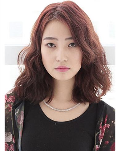 披肩短卷发符合的发型 微卷中短发烫发发型(3)图片