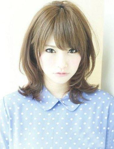 披肩短卷发符合的发型 微卷中短发烫发发型(2)图片