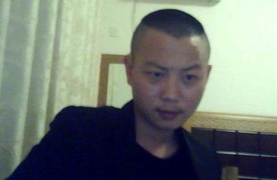 男人短直发无刘海发型设计图片