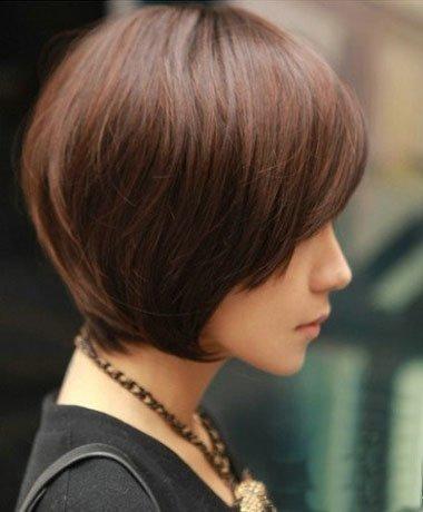 沙宣短发斜剪发型图片 沙宣短发如何保持发型用什么(3图片
