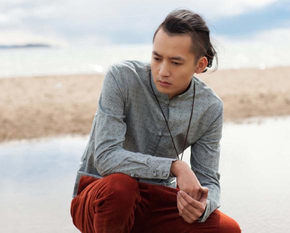 男的想留一个能扎小辫的发型如何打理 男的扎辫子的发型(4)