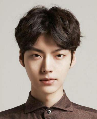 韩式中分发型 男生中分发型图片图片
