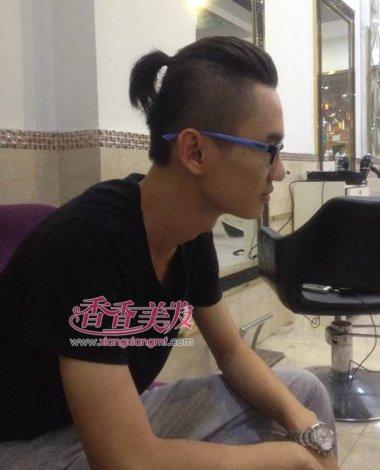 男人头顶辫子发型 男人扎辫子发型如何扎(3)图片