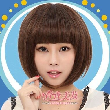 学生沙宣短发齐刘海发型设计