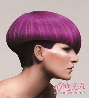沙宣后脑勺呈现发型的沙宣发心形女人超短超肩及发量发型少图片