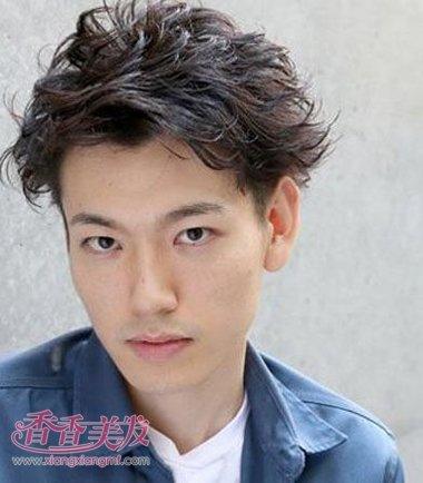 日本男短发型最流行的小颜色照片发型(2)_发型短发秀秀如何换美图中头发男人图片