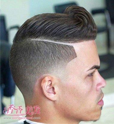 男士短发旁边剃的道如何打理的 男人短发两侧有道的发型(3)图片