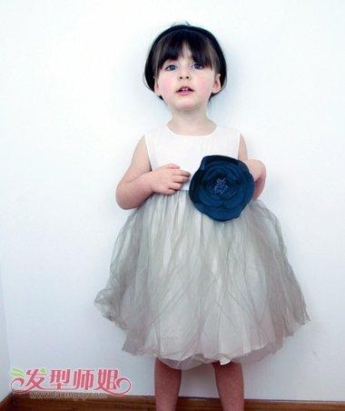 孩子子蘑菇头如何换发型 小女孩蘑菇头发型图片