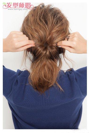 中短发盘发发型扎法 短发盘头发型步骤(3)