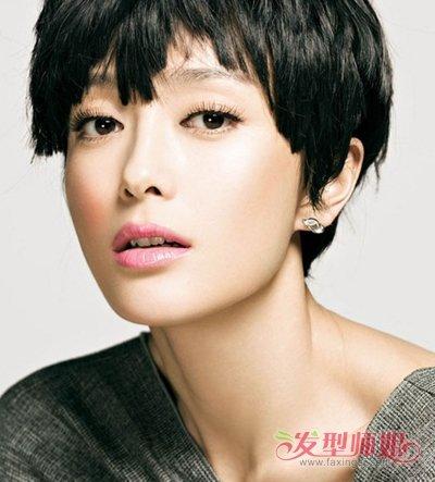 中年女明星中短烫发发型 中年短烫发发型图片