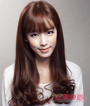 女生最新烫c型卷发发型 中长发c卷造型设计