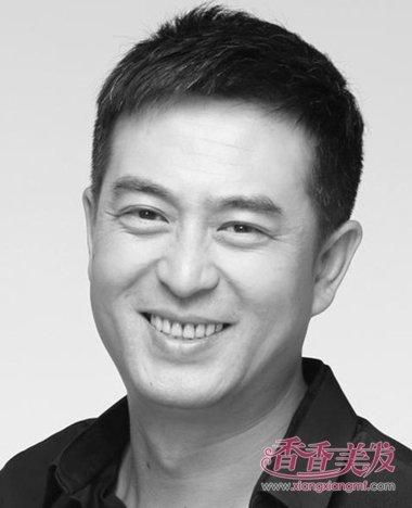 """""""达康书记""""中年迎来事业第二春 吴刚领衔中年型男发型图片"""
