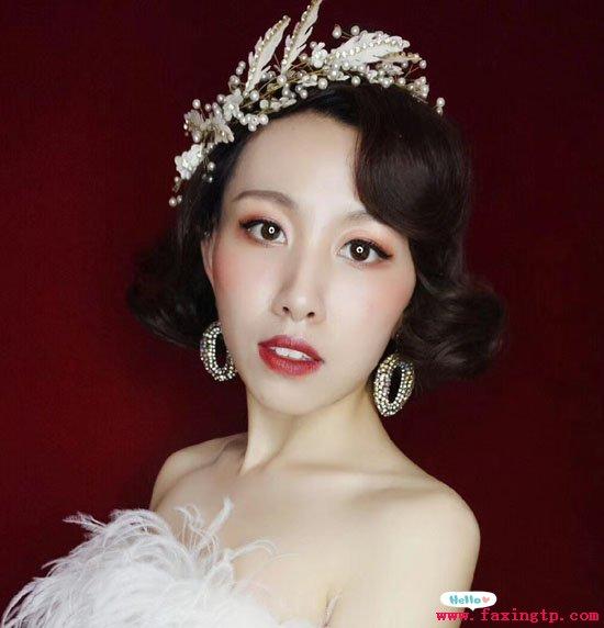 新娘唯美盘发发型,清新浪漫迷人眼